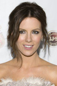 Kate Beckinsale with Loose Sections
